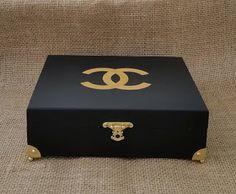 Arte lá em casa: Caixa de Jóias P - Chanel Gold