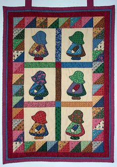 17 Best images about Quilts - Sunbonnet Sue & Overall Sam . Cute Quilts, Small Quilts, Mini Quilts, Baby Quilts, Sunbonnet Sue, Colchas Quilt, Doll Quilt, Quilt Blocks, Quilt Top