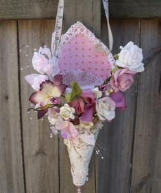 .: My let's get Shabby challenge an Easter inspired Tussie mussie