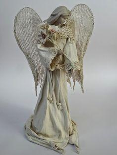 anioł - powertex Angel Decor, Angel Art, Cold Porcelain Ornaments, Sculpture Art, Sculptures, Angel Crafts, Angels In Heaven, Angels And Demons, Doll Repaint