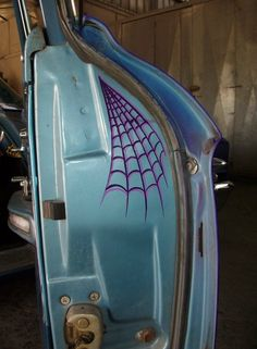 spider web pinstriping by Nukesville Kustoms
