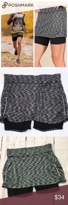 Athleta 2 in 1 Contender Skort ✔️Excellent Condition!  ✔️Back Pocket Zipper ✔️Built In Shorts! Athleta Shorts Skorts