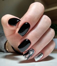 Beautiful Acrylic Short Square Nails Design For French Manicure Nails - Styles Art Square Nail Designs, Black Nail Designs, Acrylic Nail Designs, Nail Art Designs, Nails Design, Cute Nails, Pretty Nails, My Nails, Fall Nails