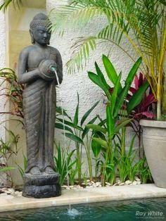 Fonte decorativa de água.  Fotografia: http://www.jeitodecasa.com