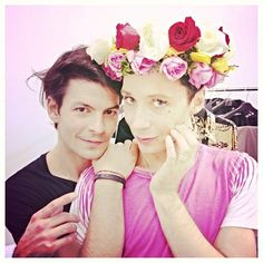 This picture of Johnny Weir and Stephane Lambiel makes me happy.