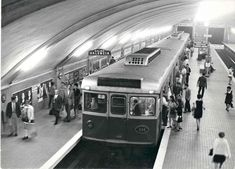 U Bahn, Metroid, Valencia, The Good Place, The Past, Castle, Street View, City, Places