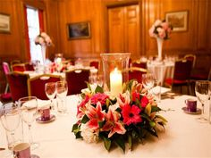 Brewers' Hall stands in a quiet square at the heart of the City of London. Belonging to one of the oldest Livery Companies, it is the ideal location for a warm and intimate wedding.