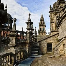 tejados de la catedral de santiago - Buscar con Google Cathedral Church, Iglesias, Homeland, Barcelona Cathedral, Spain, Places To Visit, Castle, Around The Worlds, France