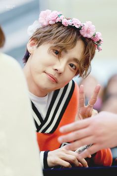 The maknae of a K-Pop group is known as the youngest member of the group. However, some fans have noticed that there are many K-Pop group members who… Winner Kpop, Winner Jinwoo, Mino Winner, Lovelyz Jiae, My Champion, Song Mino, Kim Jin, K Pop Star, Light Of My Life