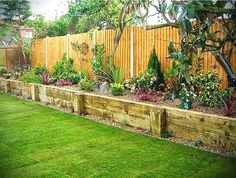 Front Yard Landscaping Diy Ideas #landscapingdiy #LandscapingDIY