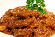 Carbonnade de boeuf flamande Beef Recipes, Cooking Recipes, Meat, Chicken, Finger, Foods, Drinks, Meat Recipes, Food Food