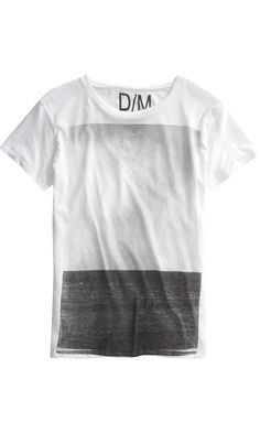 Graphic tees are a great article of clothing to invest in for summer. They can with everything shorts, swim trunks, and jeans. Cool Tees, Cool T Shirts, Tee Shirts, Look Fashion, Mens Fashion, Personalized T Shirts, Textiles, Tee Design, Custom T
