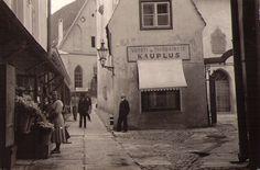 Tallinn street scene 1938