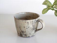 Hakeme Mug by Katsufumi Baba