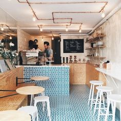 Small cafe decor ideas awesome cafe restaurant interior design ideas contemporary warm very small cafe design . Coffee Shop Counter, Coffee Shop Bar, Coffee Store, Cafe Counter, Paris Coffee Shop, Cute Coffee Shop, Coffee Shop Interior Design, Coffee Shop Design, Coffee Cafe Interior