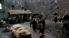 1080p - Outlander - S01E02 - Castle Leoch.mkv_000149525