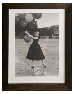 "Audrey Hepburn on the set of ""Funny Face"" in Paris. 1956 by David Seymour -- Magnum photos Men - Art - Photograph Magnum photos on YOOX"