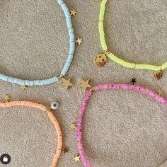 Bead Jewellery, Beaded Jewelry, Beaded Bracelets, Cute Jewelry, Jewelry Accessories, Jewelry Design, Summer Bracelets, Summer Jewelry, Pulseras Kandi
