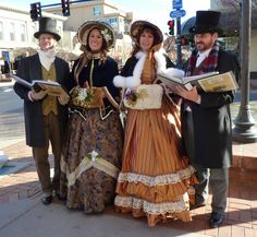One day I WILL go caroling in an outfit like this!! Maybe with the kids :)