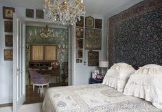 Kirill Istomin Interior Design & Decoration (founded in 2002) is internationally known for its high-end residential and commercial designs. The company has offices in Moscow and New York City and manages projects in France, Italy, Russia, Kazakhstan, the United States and Great Britain