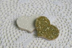 Wooden-Glitter-Heart-Brooches by Claireabellemakes