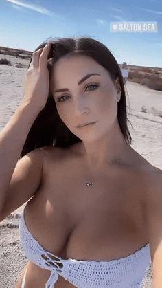 Beautiful Eyes, Beautiful Women, Model Gif, Photos Free, Hot Selfies, Poses, Sexy Gif, Girl Gifs, Girl Model