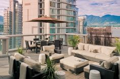 Vancouver's Top 10 Hotels http://ow.ly/eGlC9