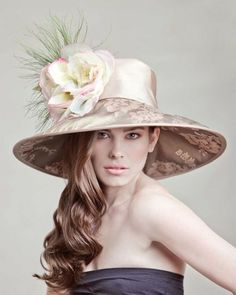 I love Derby Hats. I just wish I had an occasion to wear one to. micafae