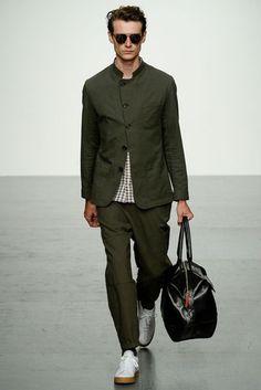 Oliver Spencer Spring/Summer 2018 Menswear Collection | British Vogue