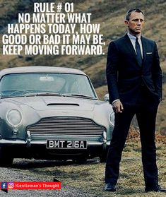 Actor Daniel Craig, starring as James Bond, poses with Bond's classic Aston Martin for the Bond movie Skyfall. Skyfall is a truly brilliant Bond film. Estilo James Bond, James Bond Style, James Bond Quotes, James Bond Movies, Daniel Craig James Bond, Craig 007, Craig Bond, Daniel Graig, Service Secret