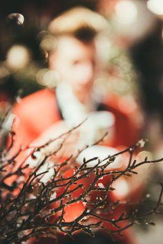 Let's remember about the gardens we came from there!🌿💛🌲 #modnerozmowy #christmas #ootd #christmastree #christmasoutfit #christmasdecorations #boy #menstyle #men #mensfashion #elegant #elegantoutfit #swieta #dandy #dandystyle #polishboy #corazblizejswieta #look #gentleman #warszawa #xmas
