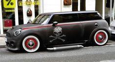 Midnight black mini with or without wheel trim - 2015 Mini Cooper Forum Mini Cooper Custom, Mini Cooper S, Mini Cooper Clubman, Mini Countryman, Mini Paceman, Mini One, Mini Things, Bmw Cars, Classic Mini