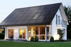 Clean lines and a well integrated solar roof make this a great solar success story | American Solar Club