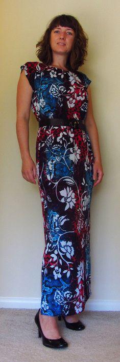 Flowery print dress: when pattern makes a statement - #fashion #design #MaxiDress