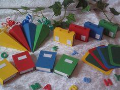 16tlg. Tischdeko Set Schultüte Mappe Tischkärtchen Bücher Einschulung Deko bunt in Büro & Schreibwaren, Schulbedarf, Schultüten   eBay