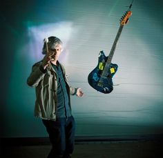 Lee Ranaldo http://potlista.com/recenzije/778-lee-ranaldo/2207-lee-ranaldo-between-the-times-and-the-tides.html
