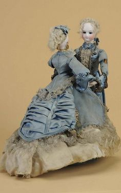 Circa-1875 Vichy (France) Waltzing Couple musical automaton, 13 inches tall, lot #148