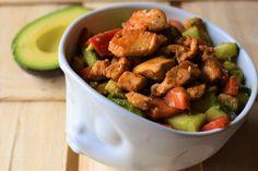 Ein schnelles, gesundes und extrem leckeres Rezept mit Avocado! Eignet sich auch super zum Mitnehmen oder abends vorbereiten. Probiert es aus!