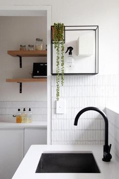 Examine this significant photo as well as browse through today info on Kitchen Splashback Ideas Diy Kitchen Decor, Kitchen Design, Home Decor, Kitchen Centerpiece, Condo Kitchen, Centerpiece Ideas, Bathroom Interior, Interior Design Living Room, Kitchen Splashback Tiles