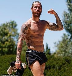 Sergio Ramos Body, Cristiano Ronaldo Manchester, Real Madrid Club, Real Madrid Wallpapers, Real Madrid Football, Soccer Guys, Sports Celebrities, Rugby Players, Hot Guys