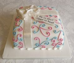 Gender Reveal cake - will it be pink or blue inside?                                                                                                                                                                                 More