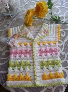 Discover thousands of images about Free baby crochet for collard sweater. Crochet Baby Sweater Pattern, Crochet Baby Sweaters, Gilet Crochet, Baby Sweater Patterns, Crochet Baby Clothes, Baby Knitting Patterns, Baby Patterns, Knit Crochet, Crochet Patterns