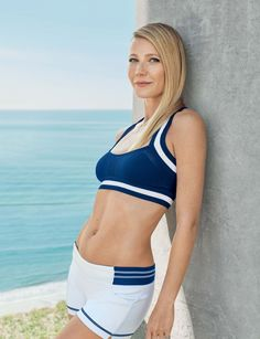 Enjoy Gwyneth Paltrow's Sexy Shots Get ready to binge on Gwyneth Paltrow's hottest pictures ever. We curated sexy images and pictures of Gwyneth Paltrow from various steamy photo shoots. Gwyneth Paltrow, Beautiful Celebrities, Beautiful Actresses, Beautiful Women, Blythe Danner, Hot Girls, Hollywood Celebrities, American Actors, Hollywood Actresses