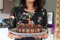VeganBlissLove is jarig en dat wil ik graag vieren met jou! 30 november 2015 lanceerde ik mijn eerste recepten op deze nieuwe website en dat is alweer een jaartje geleden. Wat vliegt de tijd toch snel voorbij en wat ben …