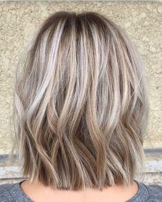 Pretty blonde hair color ideas (43)