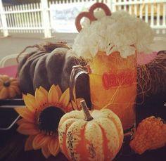 Creative table decorations at Oktoberfest. Oktoberfest Party, Oktoberfest Decorations, Party Themes, Party Ideas, Creative, Table Decorations, Holiday Decorations, Pumpkin, Baby Shower