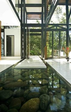 The Costa Rican jungle house, Quepos, Costa Rica designed by Architect Juan Robles