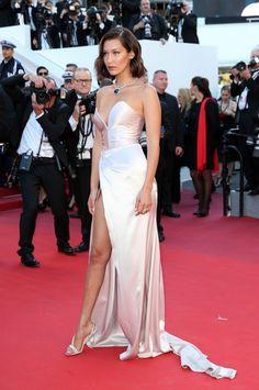 Bella Hadid - De rode loper looks van Cannes 2017