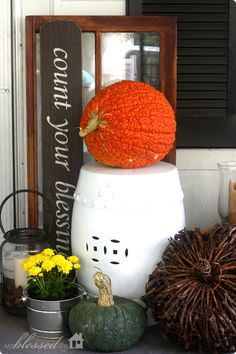 Cottage Fall Front Porch | MyBlessedLife.net (looks like the ceramic seats you can buy all over China)