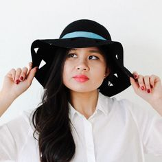 Style Hack: Switch Up a Floppy Hat in 3 Simple Steps | Brit + Co